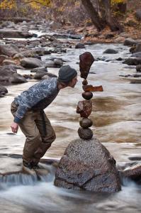 rock-balancing-michael-grab-04